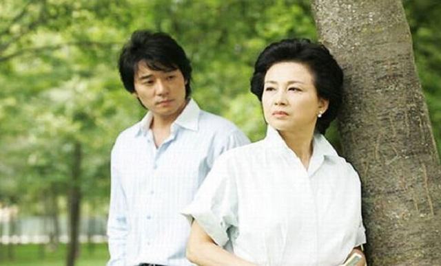 Người chồng yêu quý của tôi đang ngoại tình với mẹ vợ